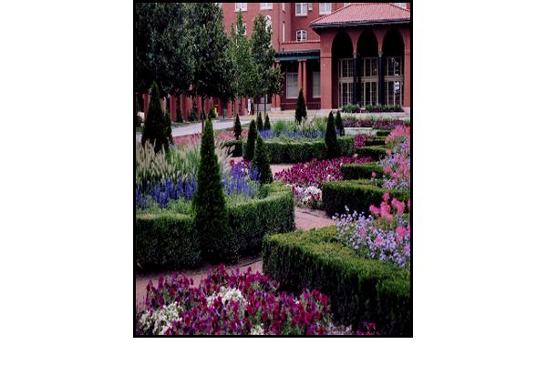 Gold Award Illinois Landscape Contractors Ociation Court Of Music Garden